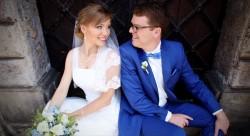 <h3 class='image_title'>Makijaż ślubny Kraków</h3><div class='image_fb'><div class='product'><fb:like href='http://sylwiamakeup.pl/galleries/wedding/289' layout='button_count' show_faces='true' width='240' height='40' action='like' colorscheme='light'></fb:like></div></div><br /><div class='image_description'>  makijaż i fryzura ślubna. Przygotowania w Krakowie, dodatkowo stylizacja Pana Młodego. Make up and hair for wedding photo</div><br /> <div class='image_comment'><a href='http://sylwiamakeup.pl/galleries/wedding/382' layout='button_count'>więcej..</a> </div>
